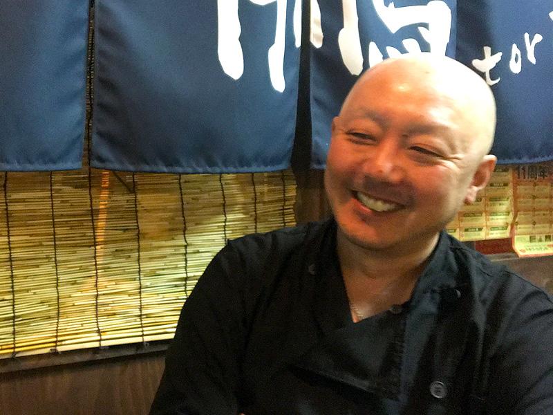 岩崎さんインタビュー中